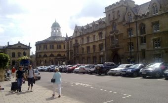 "Exeter College, Oxford, as viewed from in front of Trinity College, Broad Street - picture credit: ""Ozeye"" (http://commons.wikimedia.org/wiki/User:Ozeye)"